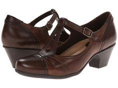 Earth Wanderlust -these look like good fashion/comfort compromise shoes for teaching.