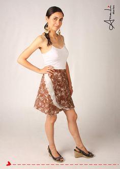 Faldas cruzadas confeccionadas con tela India 100% algodón.