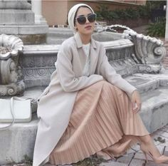 pastel hijab look- Fall hijab outfits in warm colors http://www.justtrendygirls.com/fall-hijab-outfits-in-warm-colors/