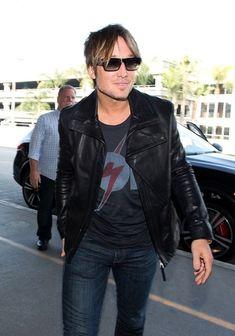 Keith Urban - Keith Urban Arrives at LAX