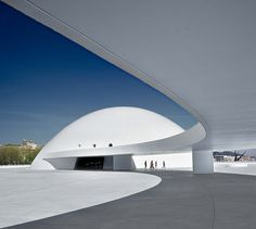 Niemeyer Center in Avilés, Spain Museum Architecture, Architecture Details, Oscar Niemeyer, Architectural Photography, Abstract Photography, Timeless Design, Mid-century Modern, Minimalism, Mid Century
