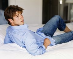 Oh Ryan Atwood, my ideal bad boy