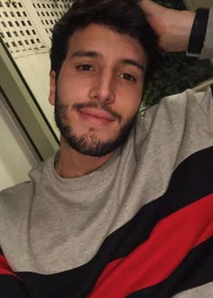 Sebastián Yatra Height, Weight, Age, Body Statistics are here. Avicii, Tony Stark, Label Image, Height And Weight, Shawn Mendes, Famous People, Handsome, Celebs, Singer