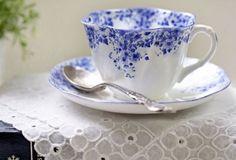 Gorgeous vintage Shelley Tea Cup & Saucer