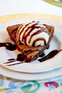 Vintage Hot Fudge Pie - from @Lana Stuart | Never Enough Thyme