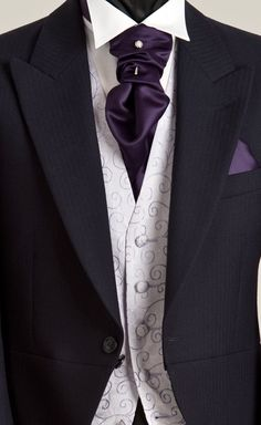 Purple Wedding Suits for Men Wedding Tux, Purple Wedding, Wedding Attire, Sharp Dressed Man, Well Dressed Men, Costume Anglais, Morning Suits, Men Formal, Groom And Groomsmen