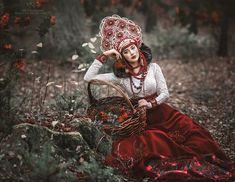 Combinación perfecta: el espíritu de Rusia y la belleza de sus mujeres en imágenes surrealistas