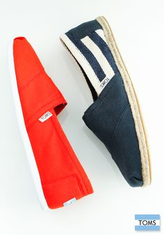 From solid basics to bold prints and patterns, you'll find a pair of TOMS Classics for every season.