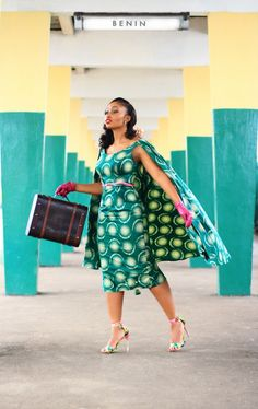 Happy Thursday! We're so thrilled to bring you Ewemade and Bode's amazing engagement session by Isaac Emokpae Photography. Bride to be Ewemade is the genius behind Nigerian fashion label Shakara Couture, a line known for its vintage-inspired, feminine pieces. It therefore comes as no surprise that her engagement shoot is as fab as they come. …