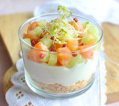 Cheese-cake de concombre et saumon frais - Envie de bien manger. Plus de recettes à base de saumon sur www.enviedebienmanger.fr/idees-recettes/recettes-saumon