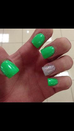 St patty's day nails!