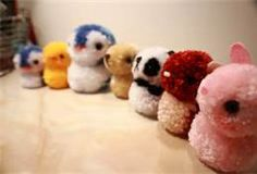 I absolutely love to make pom-pom pets like these ones! They are just so cute!