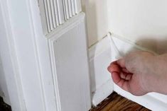 We have the best way to clean baseboards and keep them cleaner longer! Your house will never look the same! #cleaning #clean #cleaner #home #baseboards Home Cleaning Remedies, Diy Home Cleaning, Speed Cleaning, Household Cleaning Tips, Deep Cleaning Tips, House Cleaning Tips, Diy Cleaning Products, Cleaning Solutions, Cleaning Hacks