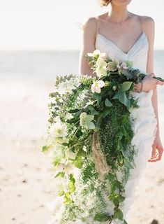 Natural Coastal Cascade Bouquet | Judy Pak Photography on @bajanwed