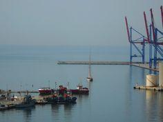 Velero en el puerto. Málaga.