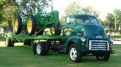 John Deere Styled Model as by Robert Hartson Antique Trucks, Antique Tractors, Vintage Tractors, Vintage Trucks, Old John Deere Tractors, Jd Tractors, Classic Tractor, Classic Trucks, Used Trucks