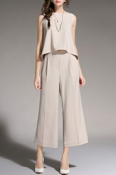 Sleeveless Top With Wide Leg Pants