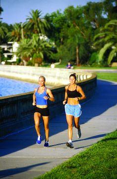 Tampa: Bayshore Blvd. skirts the Bay peninsula with the world's longest continuous sidewalk - about four and a half miles. Enjoy running, rollerblading or biking this from Ballast Point Park to the Davis islands.