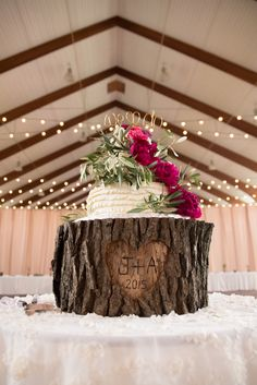 Personalized Tree Trunk Wedding Cake Stand | Sunny Meadows Flower Farm https://www.theknot.com/marketplace/sunny-meadows-flower-farm-columbus-oh-337899 | Brett Loves Elle Photography https://www.theknot.com/marketplace/brett-loves-elle-photography-groveport-oh-556526