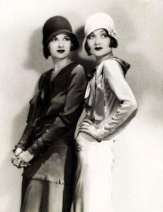 Джоан и Констанс Беннет, 1934 год