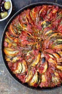 Traditional Greek Roasted Vegetables Briam Traditional Greek Roasted Vegetables with potatoes zucchini red onions tomatoes and extra virgin olive oilBriam Traditional Gre. Vegetable Recipes, Veggie Food, Clean Eating Snacks, Healthy Eating, Greek Lasagna, Greek Dinners, Zucchini Casserole, Cooking Recipes, Diets