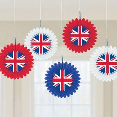 Union Jack Hanging Fan Decoration 5 hanging fans, approx A great decoration for a themed event or party London Theme Parties, London Party, 30th Birthday Parties, Birthday Party Decorations, Union Jack Decor, 1940s Party, British Party, James Bond Party, Queen Birthday