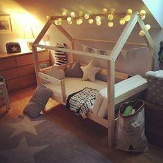 Grundinformationen: Alle unsere Betten sind sehr stabil. Sie haben eine verstärkte Struktur, einen verstärkten Rahmen, wir können die Stärke des Produkts garantieren, auch nach jahrelangem...