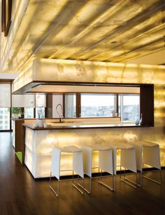 Lighting can make all the difference in a space. http://www.lutron.com/en-US/Experience-Light-Control/Pages/Inspiration/ResidentialIdea.aspx?utm_source=Pinterest_medium=Yellows_LaScalaKit_campaign=SocialMedia
