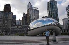 Crazy statues--Cloud Gate, Chicago