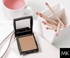 Mary Kay® Endless Performance™ Crème-to-Powder Foundation ist dein Schlüssel zu einem dauerhaft makellosen Finish.    Mary Kay®