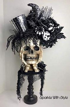 Halloween Items, Halloween Skeletons, Halloween Skull, Halloween House, Halloween 2020, Easy Halloween, Holidays Halloween, Halloween Crafts, Vintage Halloween