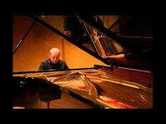 Schubert, Valses... Nobles et Sentimentales..., Luigi Di Ilio, piano, Li...