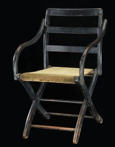 Camp chair used by Ulysses S. Grant during the Civil War. Now at the American History Museum at the Smithsonian. American History Museum, Campaign Furniture, Woodworking Furniture Plans, Stylish Chairs, Victorian Furniture, Camping Chairs, American Civil War, Antiques, Glamping