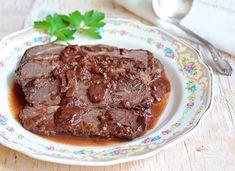 Warmng cinnamon and allspice add a twist to traditional brisket! Photo: Liz Rueven