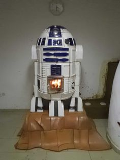 R2D2 Starwars Tile Stove by Zsolt Kovacs, Hungary.