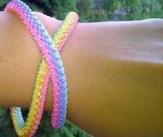 LOLLIPOP twisted seed bead crochet bracelet от LariLaBelle на Etsy