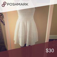 White lace dress ✨FLASH SALE✨Double layered lace halter top white dress Dresses Midi