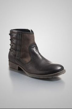 Camillo by guess.com