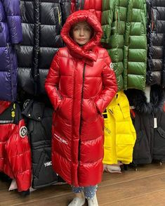 Nylons, Hooded Winter Coat, Langer Mantel, Puffy Jacket, Parka, Womens Fashion, Instagram Posts, Jackets, Clothes