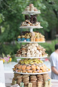 2 round towers like this flanking the square tower of Tony & LaDawna's. small wedding cake on top of square tower for cutting, serving pix