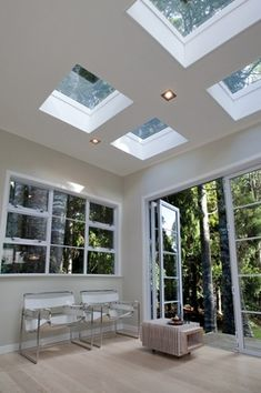 VELUX flat roof windows combine practicality and aesthetics, adding a stylish feature to your kitchen, hallway or extension.