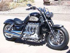 Concept Motorcycles, Triumph Motorcycles, Custom Motorcycles, Custom Bikes, Cars And Motorcycles, Steampunk Motorcycle, Motorcycle Types, Bobber Motorcycle, Moto Bike