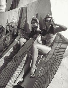 """Extras en el set de """"Cleopatra"""" , 1963"""