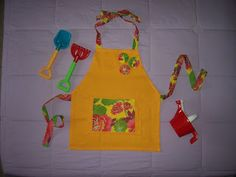 Pano da Cegonha: Avental para jardinagem (menina)