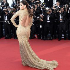 CANNES: Eva Longoria wows in gold Zuhair Murad at Le Passe premiere - Yahoo! News Singapore