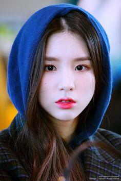 이달의소녀 희진 Girl of the Month<br> Cute Korean Girl, South Korean Girls, Korean Girl Groups, Extended Play, These Girls, Cute Girls, Olivia Hye, K Idol, Beautiful Asian Girls