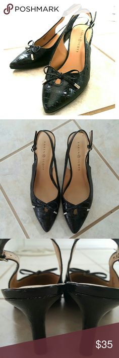 Like New Karen Scott High Heels! Selling a pair of Like New Karen Scott High Heels! These heels are in perfect condition! Slight wear on bottom of heel seen in picture 4. The heel is 2.5 inches high and size 8.5 Karen Scott Shoes Heels