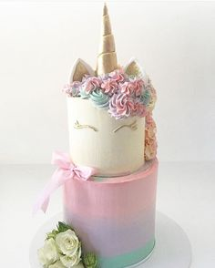 """2,664 Likes, 72 Comments - Lynda Correa (@storybook_bliss) on Instagram: """"Oh so pretty unicorn cake!! Look how dainty & girly!! By @my_petite_sweets_perth #cake #cakedesign…"""""""
