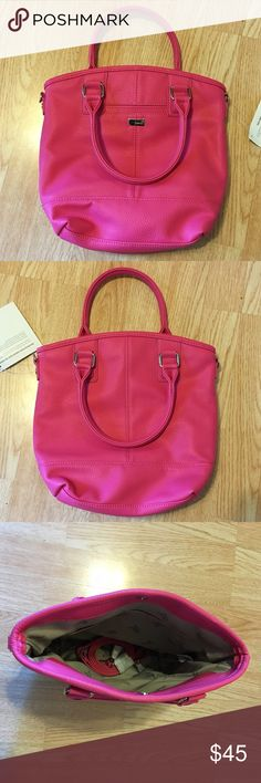 Thirty-One Purse NWT. See last pic. Thirty-One Bags Shoulder Bags