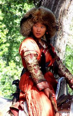 Khulan Chuluun as Borte in Mongol Photo Reference, Design Reference, Pretty People, Beautiful People, Arte Tribal, Folk Costume, People Of The World, Interesting Faces, Beautiful Asian Women